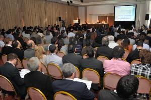 La multitud que asistió al panel de Hecht, Tornabene y Cerrudo