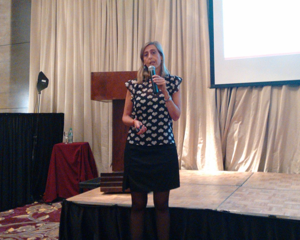 Fernanda Defelippe, la nueva country manager, describe las características de las nuevas líneas de productos de Viewsonic.